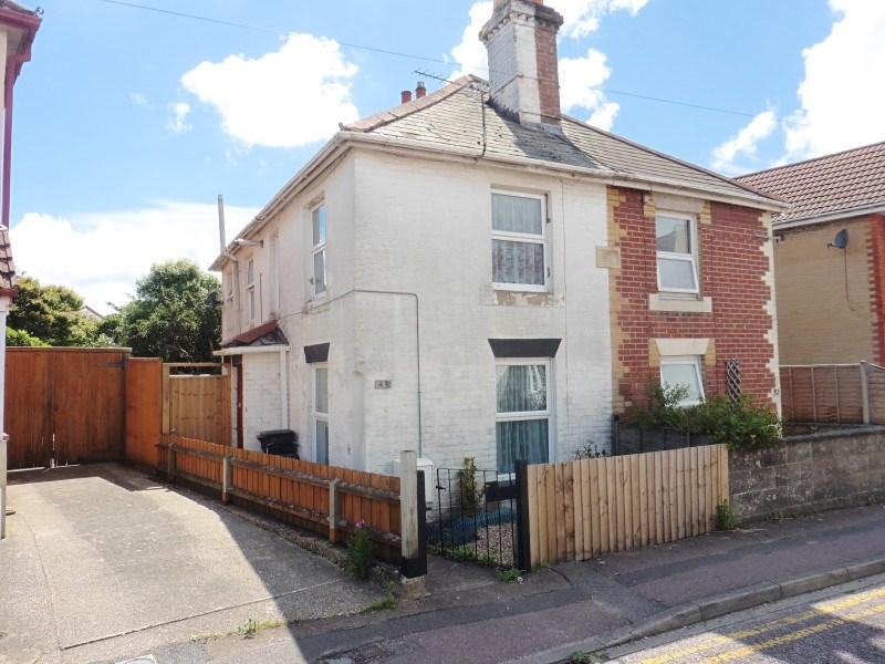 2 Bedrooms Semi Detached House for sale in Brassey Road, Winton, Bournemouth