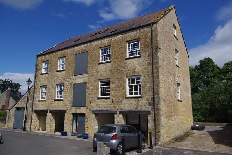 2 Bedrooms Duplex Flat for sale in Thread Mill Lane, Pymore, Bridport