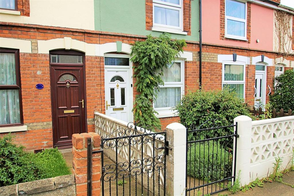 3 Bedrooms Terraced House for sale in Fingringhoe Road