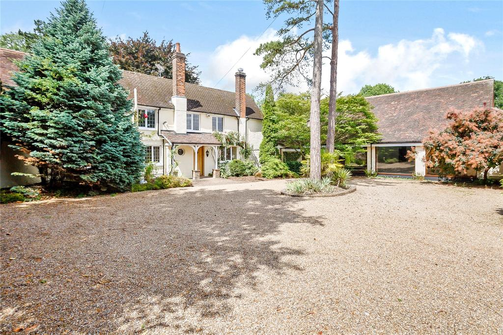 5 Bedrooms Detached House for sale in Harpenden Road, Wheathampstead, St. Albans, Hertfordshire, AL4