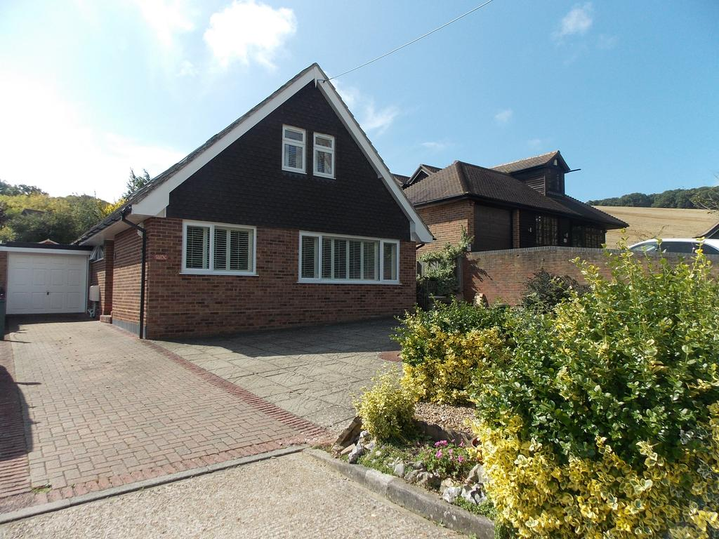 4 Bedrooms Detached House for sale in Bush Road, Newhaven, East Sussex