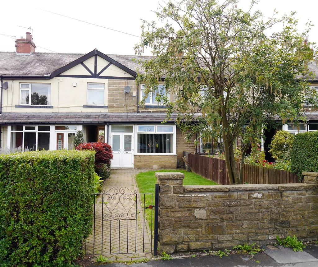 4 Bedrooms Town House for sale in St. Helena Road, Wibsey, Bradford, BD6 1SY