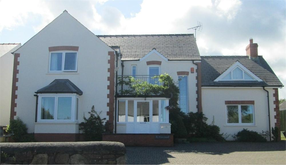 4 Bedrooms Detached House for sale in Ty Gwennol, 16 Parc Yr Onnen, Dinas Cross, Newport, Pembrokeshire