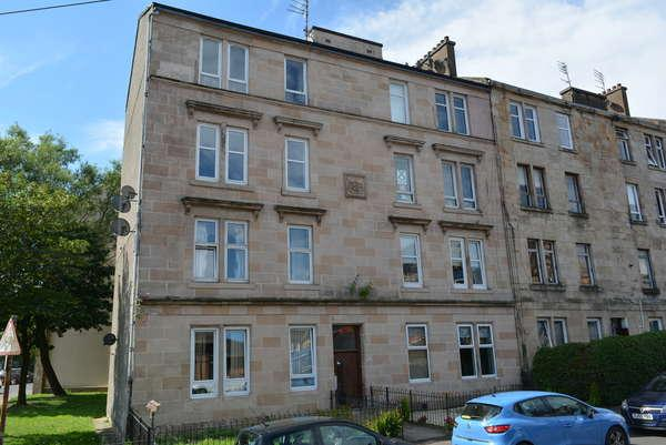 2 Bedrooms Flat for sale in 2/2, 142 Roslea Drive, Dennistoun, Glasgow, G31 2RY