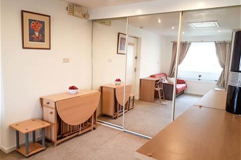 1 bedroom property to rent - Greenfield Garth, Greylees Avenue, HULL