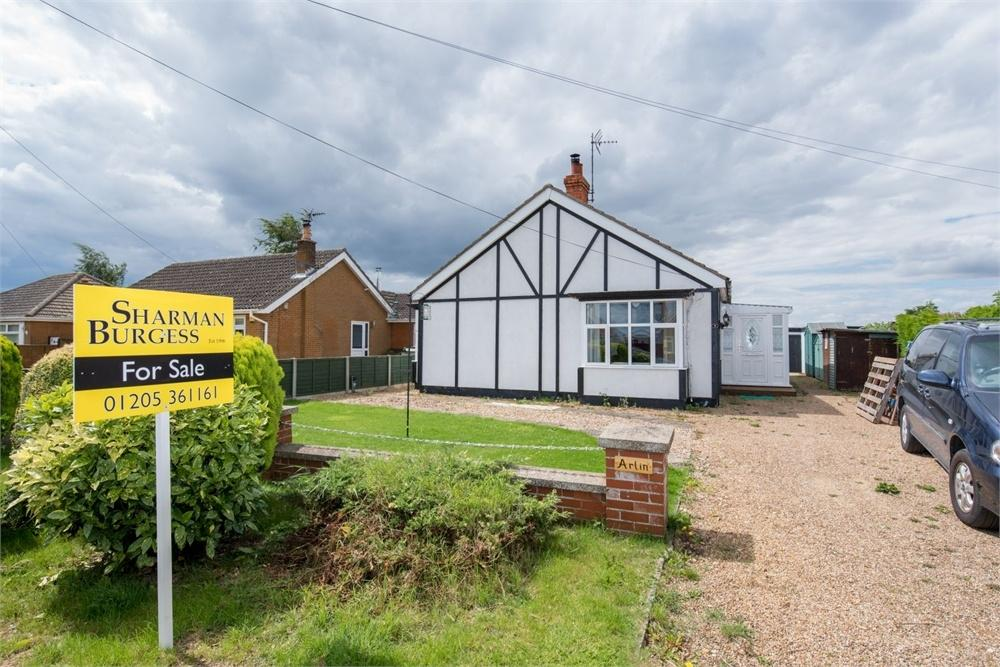 2 Bedrooms Detached Bungalow for sale in 9 Mill Lane, Butterwick, Boston, Lincolnshire