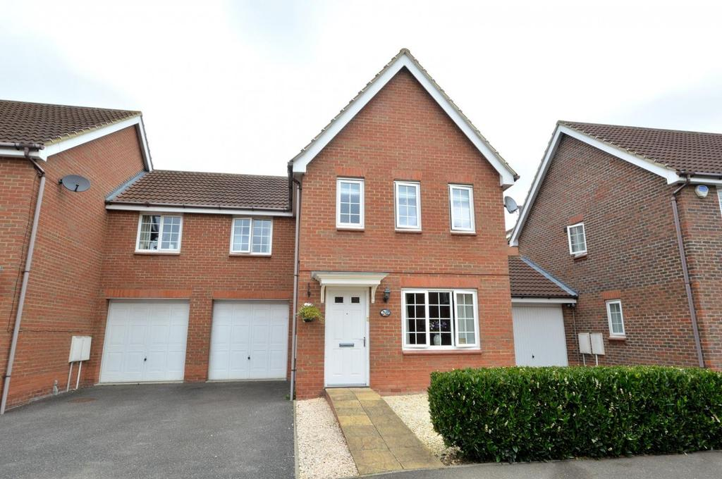 3 Bedrooms Semi Detached House for sale in Abbotsmead, Heybridge, Maldon, Essex, CM9