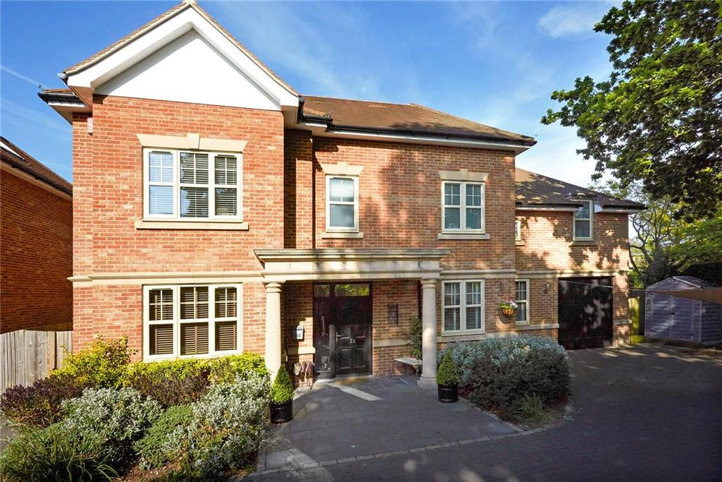5 Bedrooms Detached House for sale in St. Marys Road, Long Ditton, Surbiton, Surrey, KT6