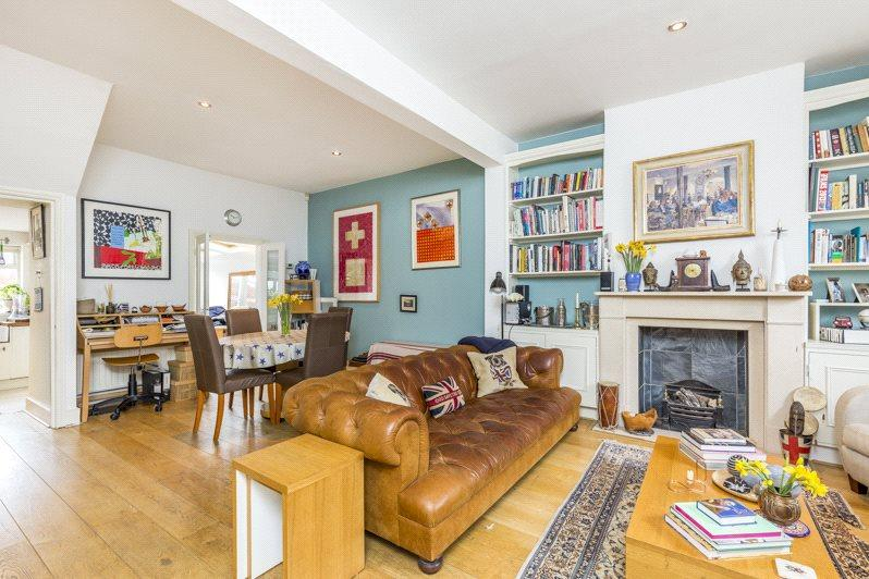 3 Bedrooms Terraced House for sale in Estcourt Road, London, SW6