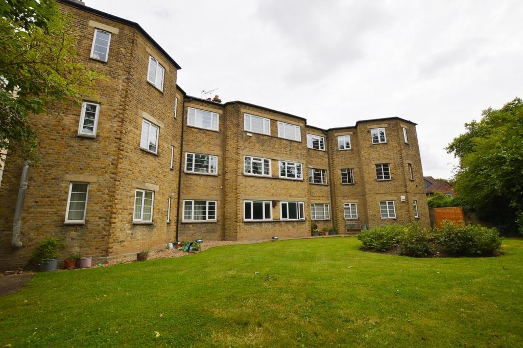 1 Bedroom Flat for sale in Peckham Rye East Dulwich SE22