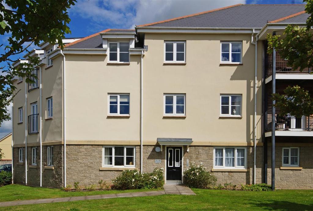 2 Bedrooms Ground Flat for sale in Watkins Way, Bideford