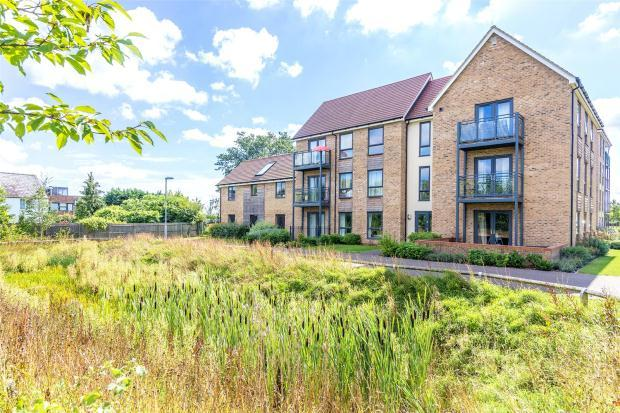 2 Bedrooms Apartment Flat for sale in Yeoman Drive, Cambridge