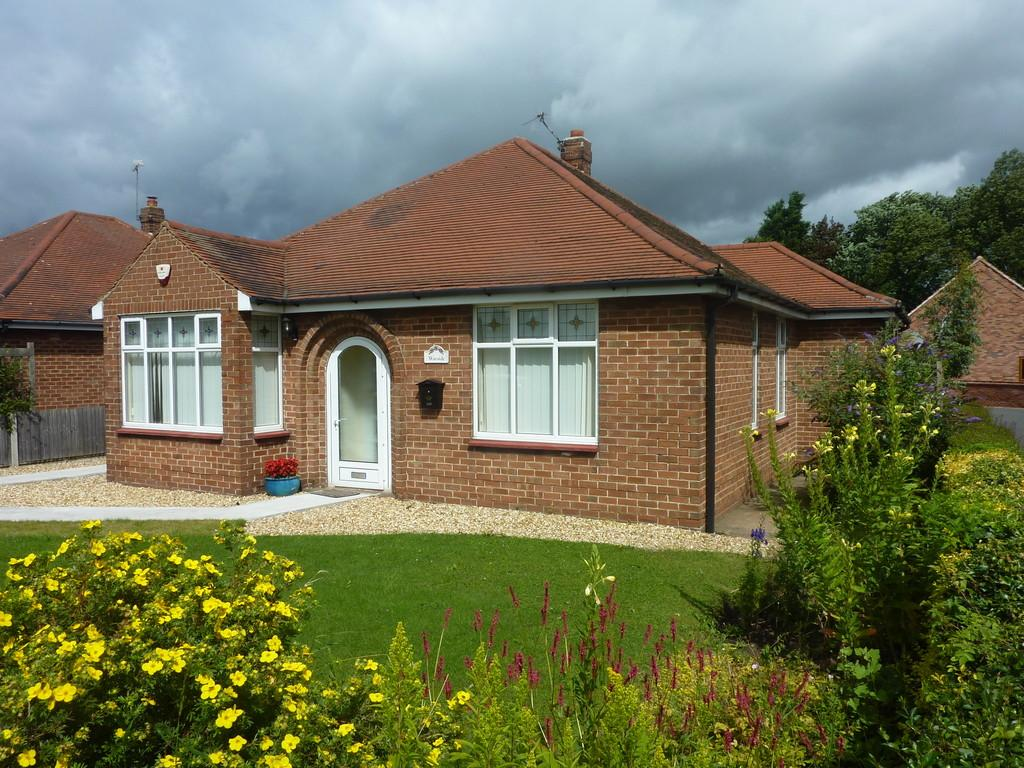 3 Bedrooms Detached Bungalow for sale in Big Lane, Clarborough, Retford