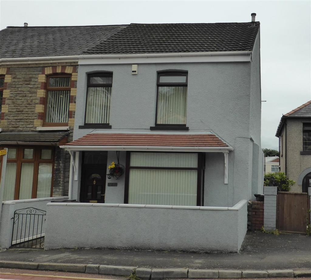 3 Bedrooms Semi Detached House for sale in New Road Neath Abbey, Neath