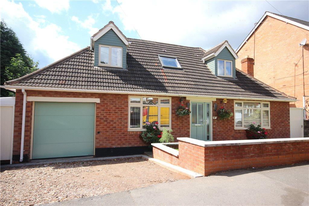 4 Bedrooms Detached Bungalow for sale in Oxford Road, Acocks Green, Birmingham, West Midlands, B27