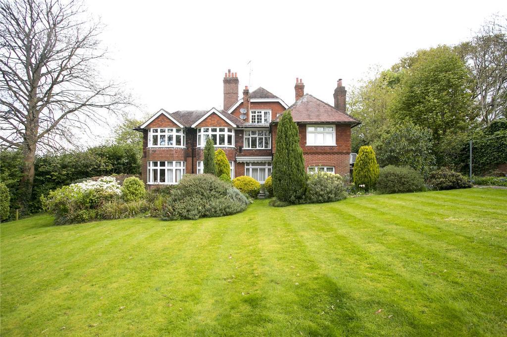2 Bedrooms Flat for sale in Granville Road, Sevenoaks, Kent
