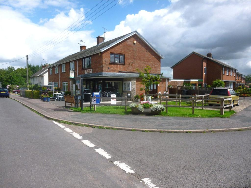 1 Bedroom Flat for sale in Dyers Close, West Buckland, Wellington, Somerset