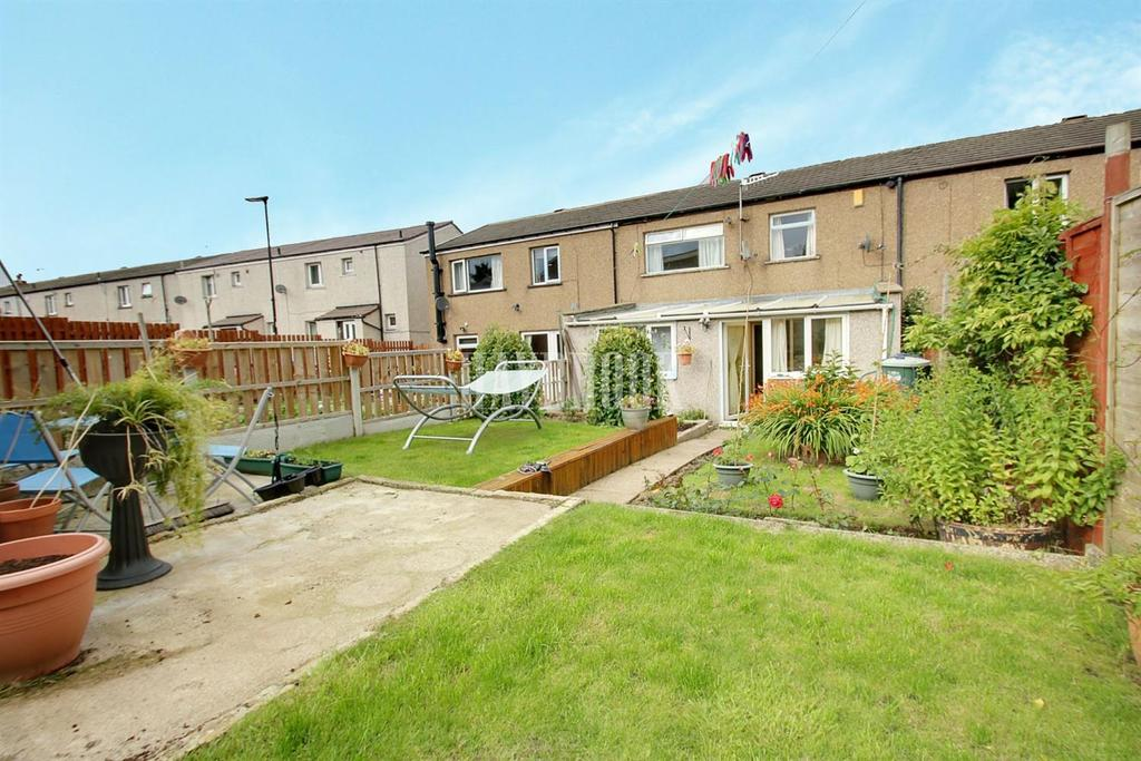 3 Bedrooms Terraced House for sale in Woodfarm Drive, Stannington