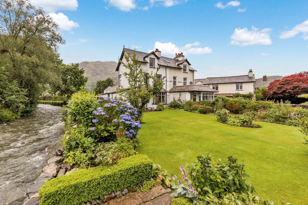 4 Bedrooms Semi Detached House for sale in Low Beck, Coniston, Cumbria LA21 8EJ