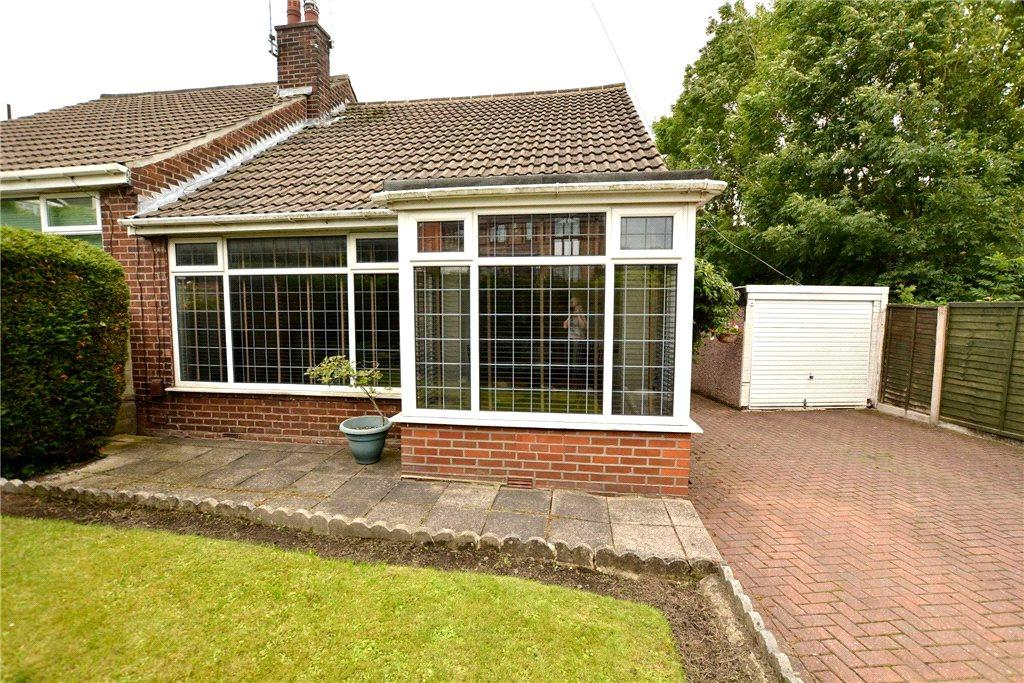 3 Bedrooms Semi Detached Bungalow for sale in Marsh, Pudsey, West Yorkshire