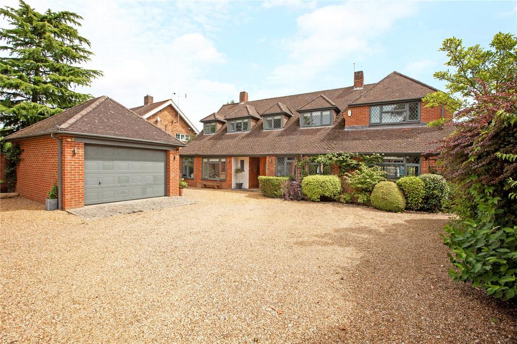 4 Bedrooms Detached House for sale in Parsonage Lane, Farnham Common, SL2