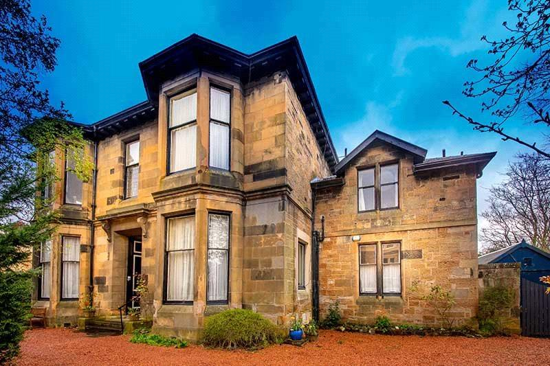 4 Bedrooms Maisonette Flat for sale in Dundonald Road, Dowanhill, Glasgow, Lanarkshire, G12