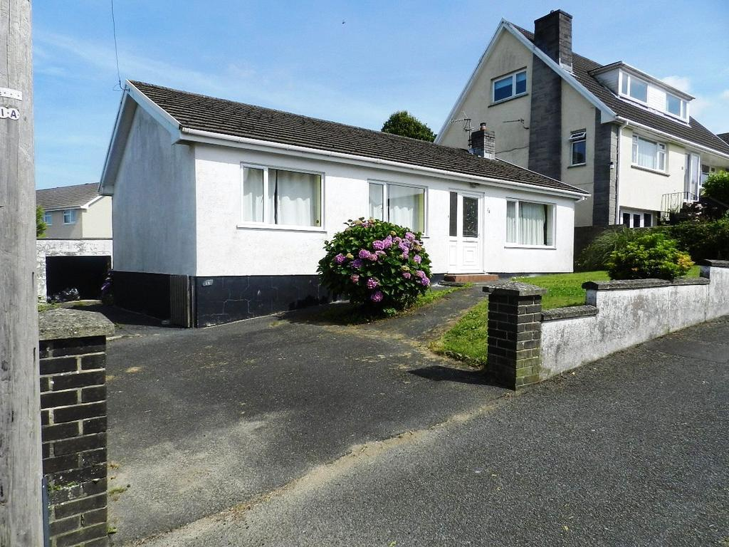 3 Bedrooms Detached Bungalow for sale in Douglas James Way, Haverfordwest, Pembrokeshire