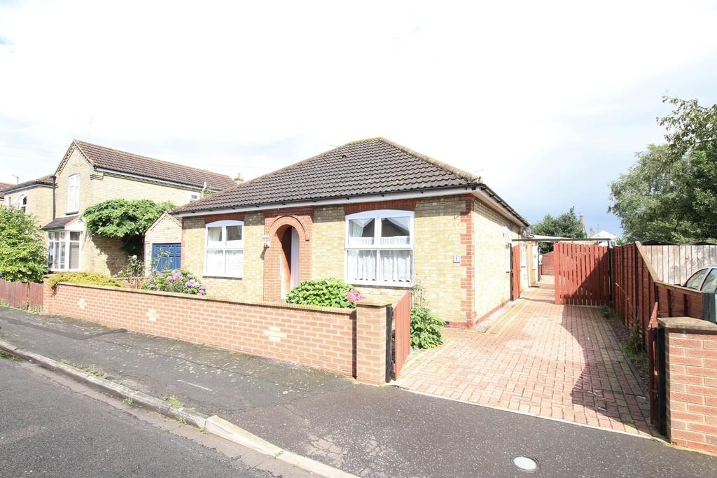 2 Bedrooms Detached Bungalow for sale in Kingsley Street, March