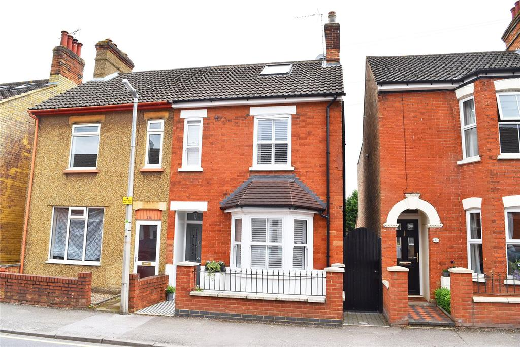 3 Bedrooms Semi Detached House for sale in Springfield Road, Linslade