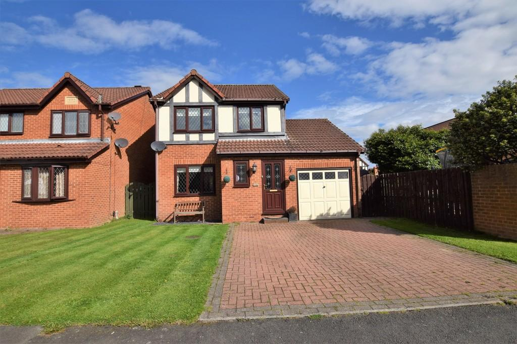 3 Bedrooms Detached House for sale in The Barns, Stanley