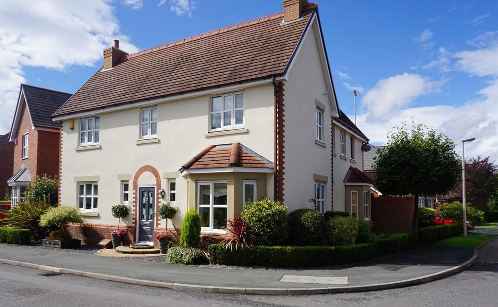 4 Bedrooms Detached House for sale in Weston, Cheshire