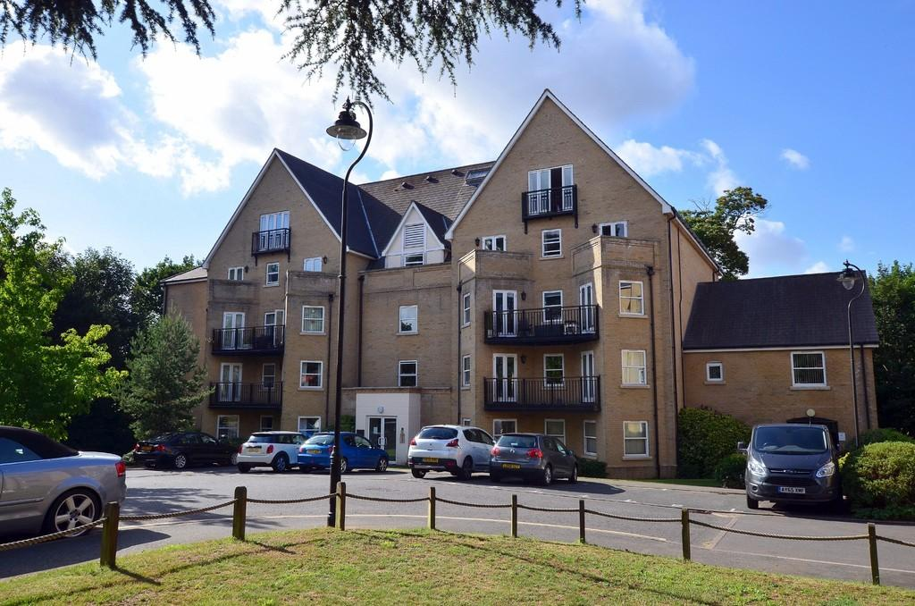 2 Bedrooms Apartment Flat for sale in St. Marys Road, Ipswich, IP4 4SD