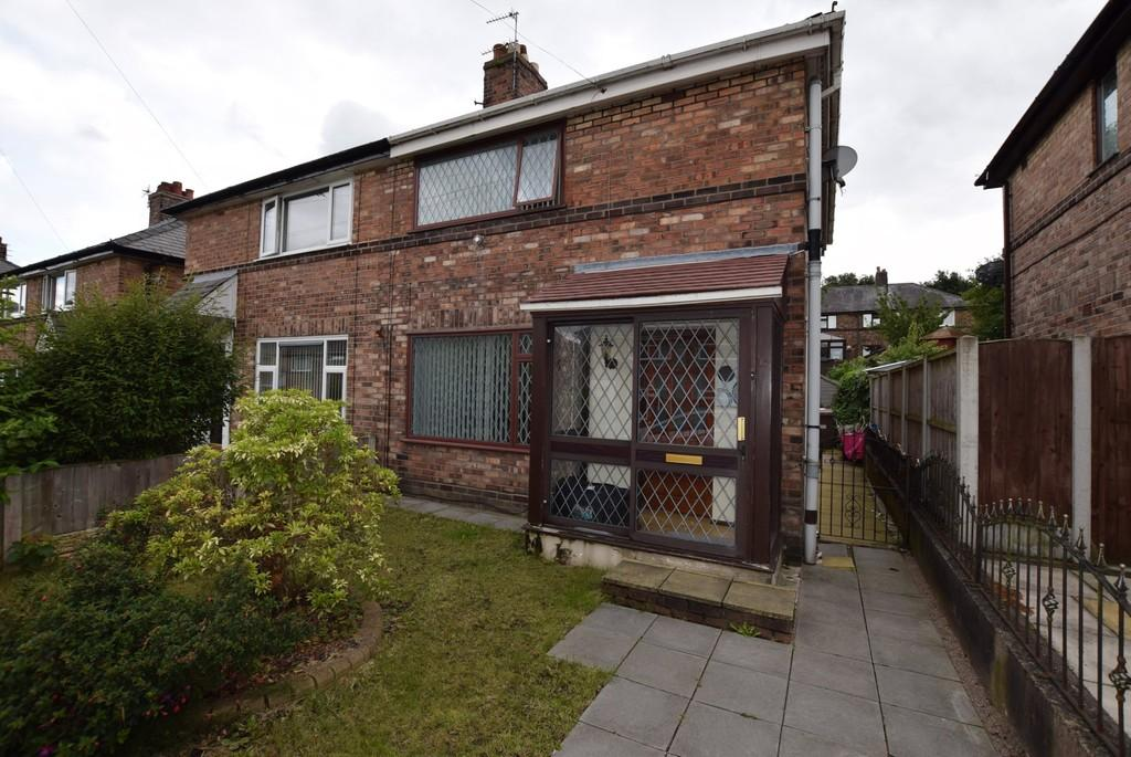 3 Bedrooms Semi Detached House for sale in Royal Grove, Toll Bar, St. Helens