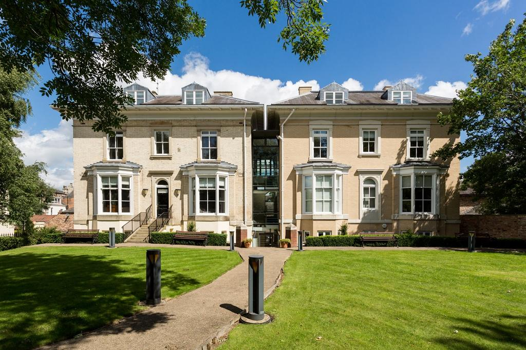 2 Bedrooms Apartment Flat for sale in Mill Mount, York, YO24