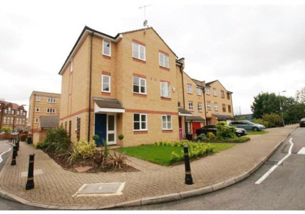 4 Bedrooms Terraced House for sale in Mast House Terrace, London