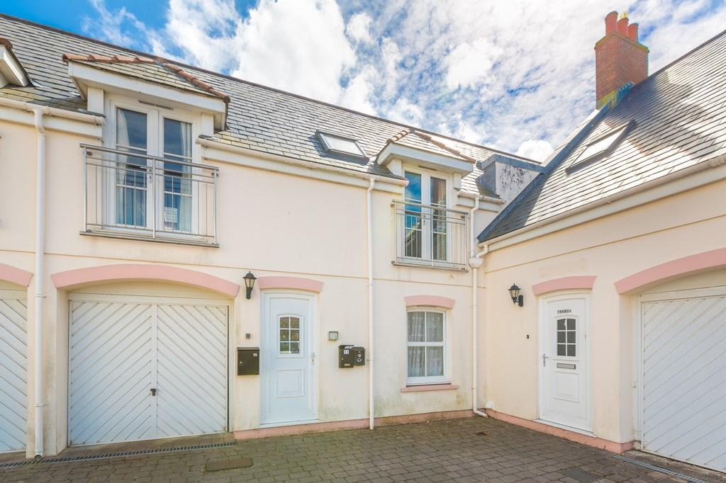 1 Bedroom Flat for sale in Les Banques, St. Sampson, Guernsey