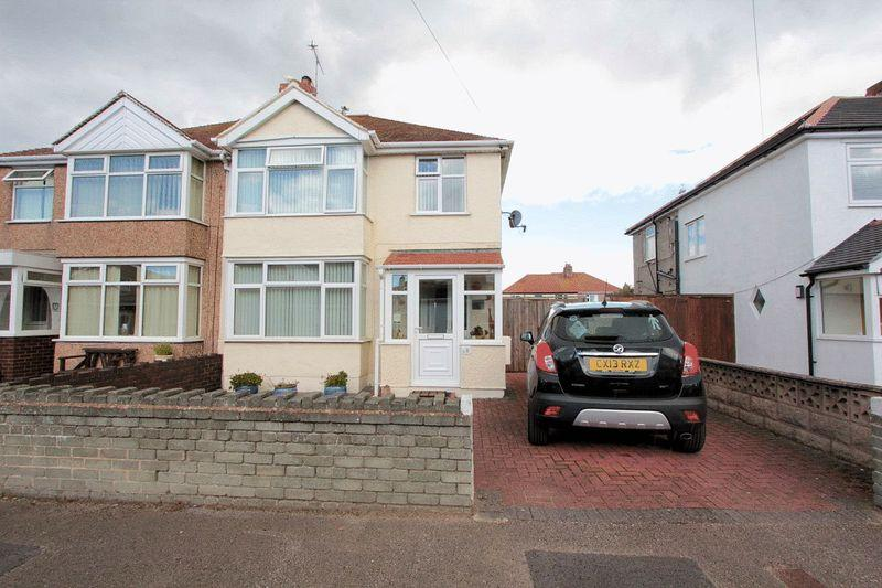 3 Bedrooms Semi Detached House for sale in Maes Y Don Drive, Rhyl