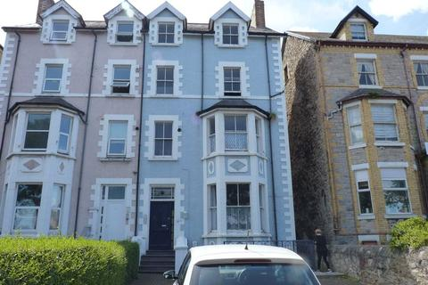 2 bedroom apartment to rent - Flat 5, 9 Bay View Road, Colwyn Bay, Conwy, LL29 8DW