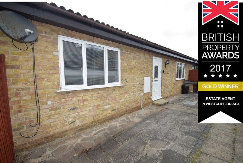 1 Bedroom Bungalow for sale in Milton Close, Southend-On-Sea