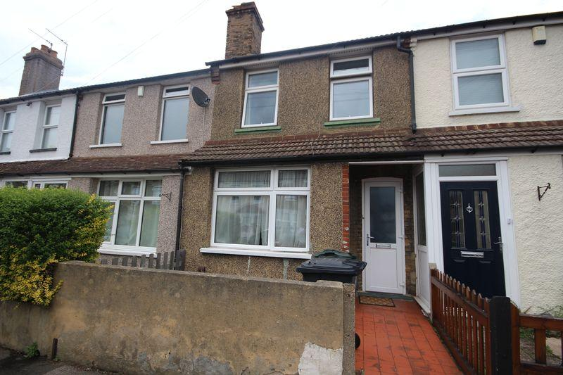 2 Bedrooms Terraced House for sale in Somerset Road, Dartford