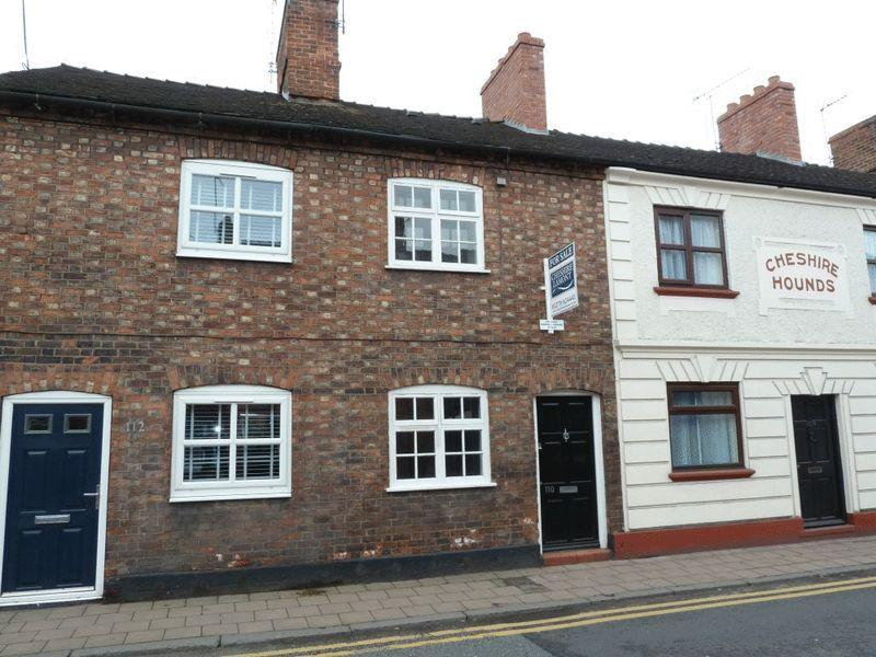 2 Bedrooms Terraced House for sale in Hospital Street, Nantwich