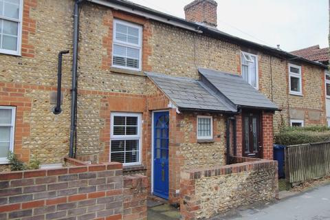 2 bedroom terraced house to rent - Upper Hale Road, Farnham