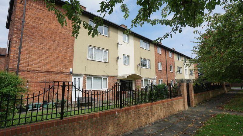 2 Bedrooms Apartment Flat for sale in WEST FARM AVENUE Longbenton