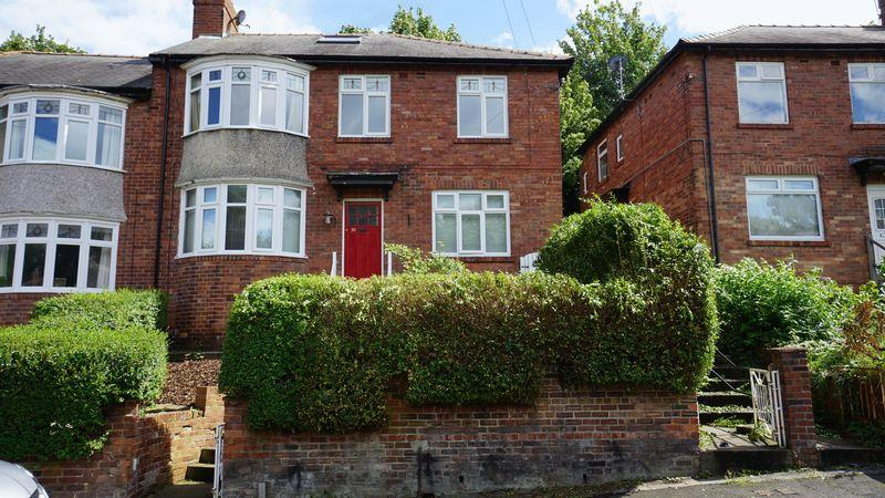 3 Bedrooms Apartment Flat for sale in SHAFTESBURY GROVE Heaton