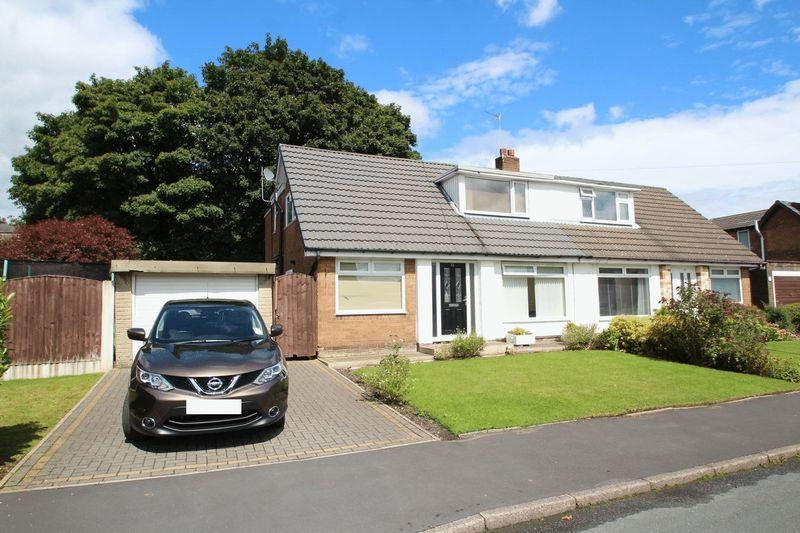 3 Bedrooms Semi Detached House for rent in 81 Alpine Drive, Wardle, Rochdale, OL12 9NY