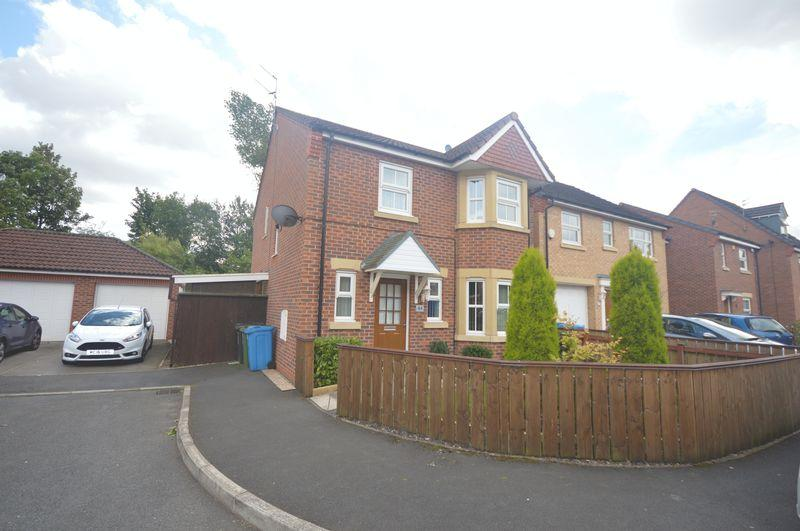 4 Bedrooms Detached House for sale in Nazareth House Lane, Widnes