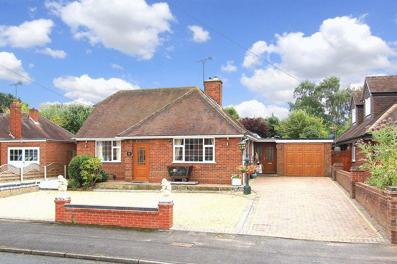 2 Bedrooms Detached Bungalow for sale in PALMERS CROSS, Coniston Road