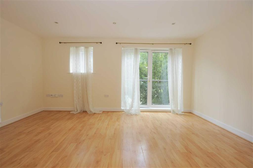 2 Bedrooms Flat for sale in Rosse Gardens, Desvignes Drive, Hither Green, London