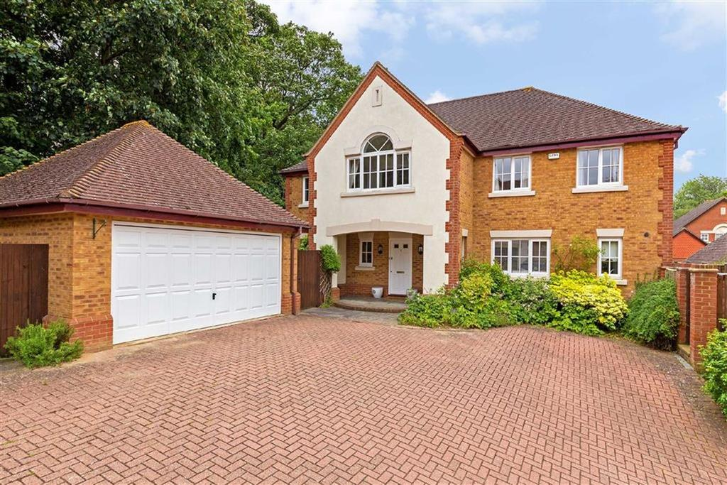 5 Bedrooms Detached House for sale in Half Acre, Hitchin, Hertfordshire