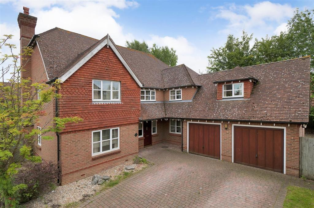 5 Bedrooms Detached House for sale in Redwell Grove, Kings Hill, ME19 4BU